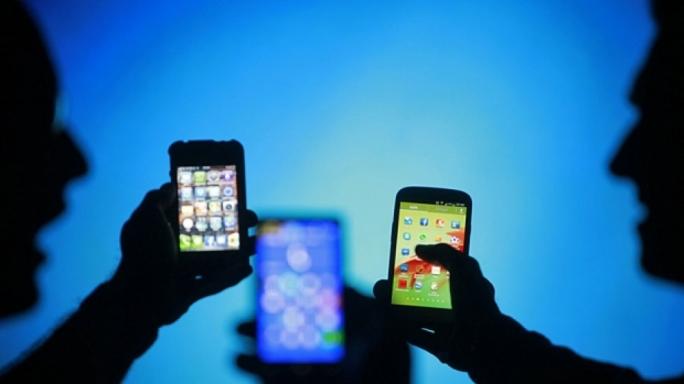 শিশুশ্রম দায়ে দায়ী অ্যাপল স্যামসাং সনি Sony-Apple-Samsung (3)